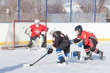 Городской турнир по хоккею с шайбой